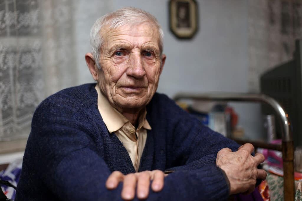 Caregiver in Burlingame CA: Alzheimer's